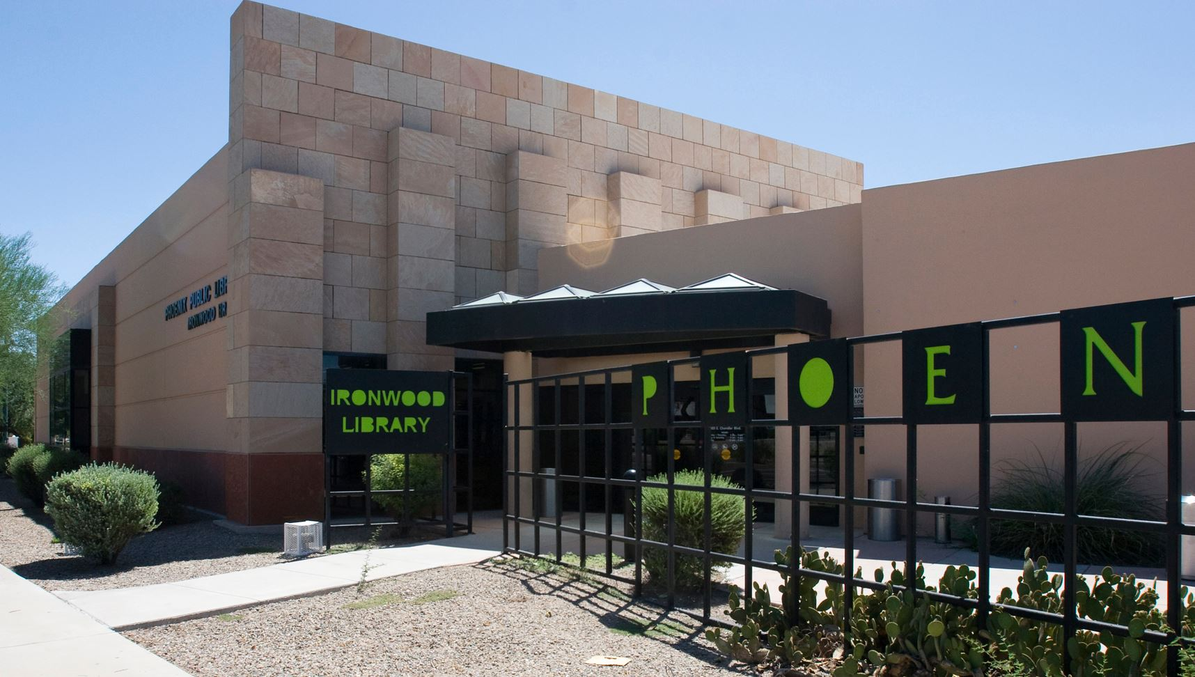Phoenix Public Library - Ironwood Library