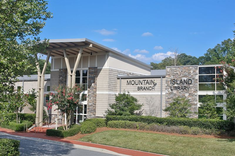 Charlotte Mecklenburg Library - Mountain Island Branch